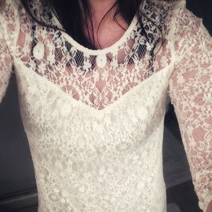 White lined Lacey mini 3/4 sleeves shift dress XS